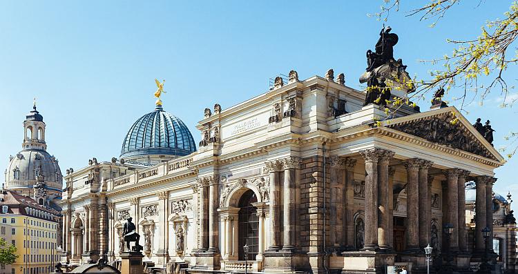 Дистанционные сделки с недвижимостью в Германии