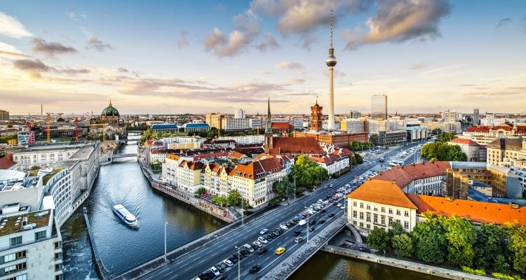 Иммиграция в Германию - IIG